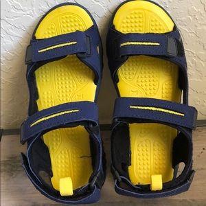 UMI boys sandal size 34